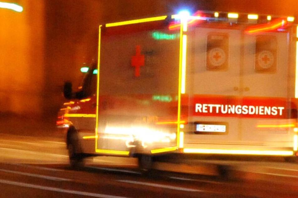 Die Rettungskräfte konnten das Leben des Mannes nicht retten. (Symbolbild)