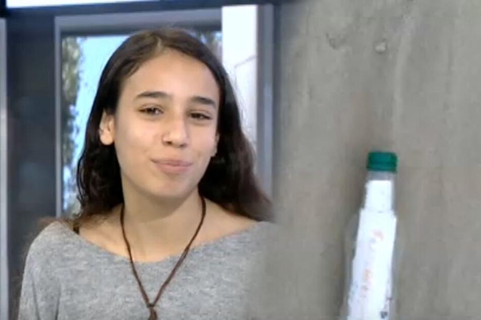 Die Eltern der 14-jährigen Roni hatten die Flaschenpost entdeckt.