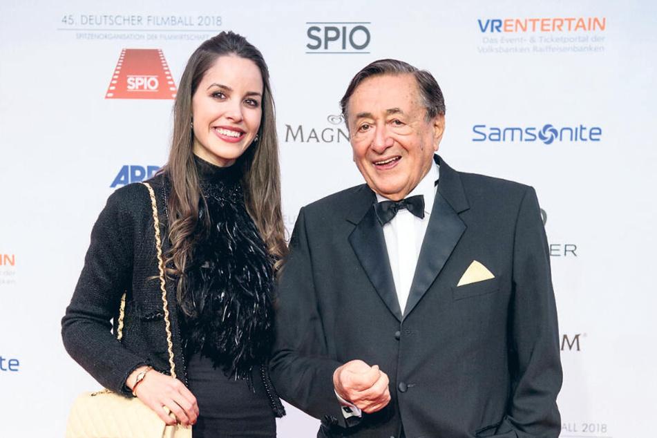 Geschäftsmann Richard Lugner und seine Freundin Jasmin 2018 bei einem Filmball.