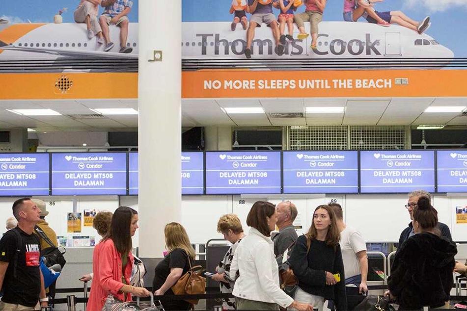 Thomas Cook pleite, Flüge gestrichen! Was passiert jetzt mit den Urlaubern?