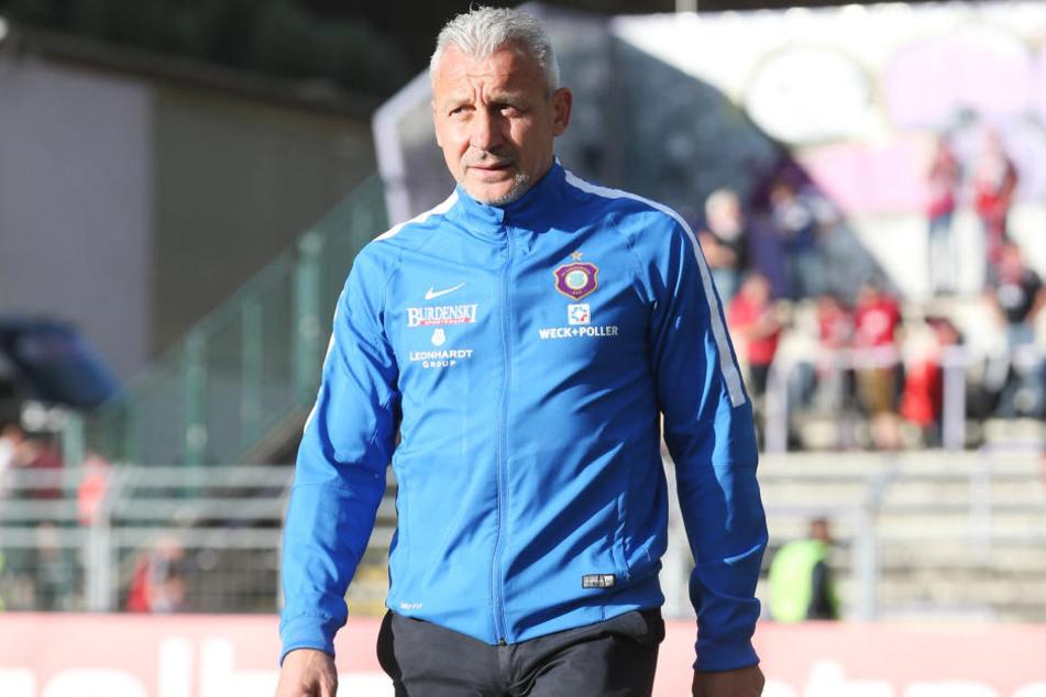 Aus Niederlagen will Aue-Trainer Pavel Dotchev positive Aspekte herausziehen und der Mannschaft aufzeigen.