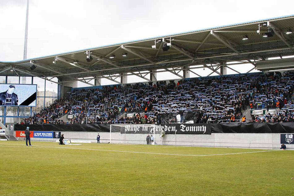 Für David Bergner der Grund allen Überls: Die Trauerfeier im Stadion am 9. März vor der Partie gegen Altglienicke.