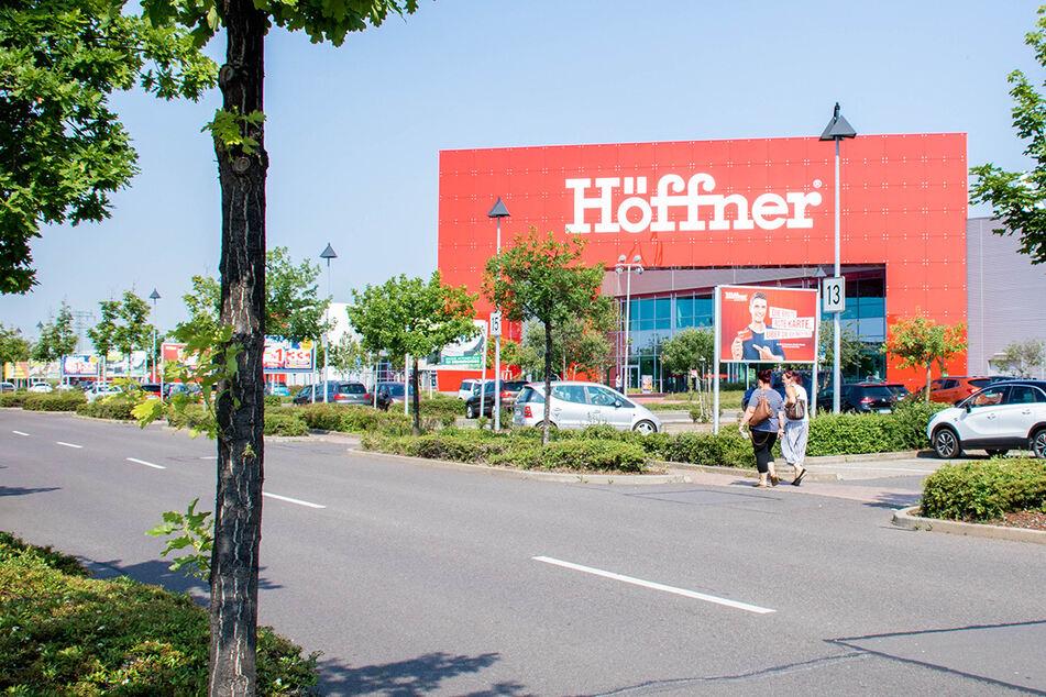 Höffner startet Konjunktur-Programm und zahlt bis zu 6.000 Euro aus!