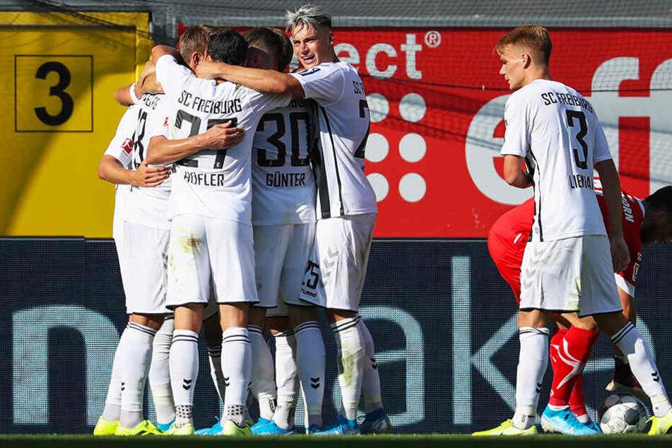 Zwei Spiele, sechs Punkte, 6:1 Tore: Der SC Freiburg ist stark in die neue Saison gestartet.