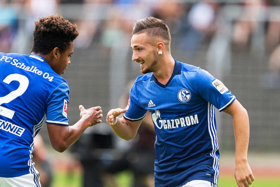 Während seiner Zeit beim FC Schalke 04 galt Donis Avdijaj (r.) als eines der größten Talente Deutschlands.
