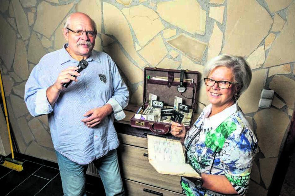 Norbert und Ulrike Biebrach waren das einzige Discjockey-Ehepaar der DDR. Als Rentner starten sie mit einem Event-Service neu durch.