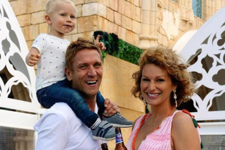 Janni (28) und Peer Kusmagk (44) sind wieder Eltern geworden.
