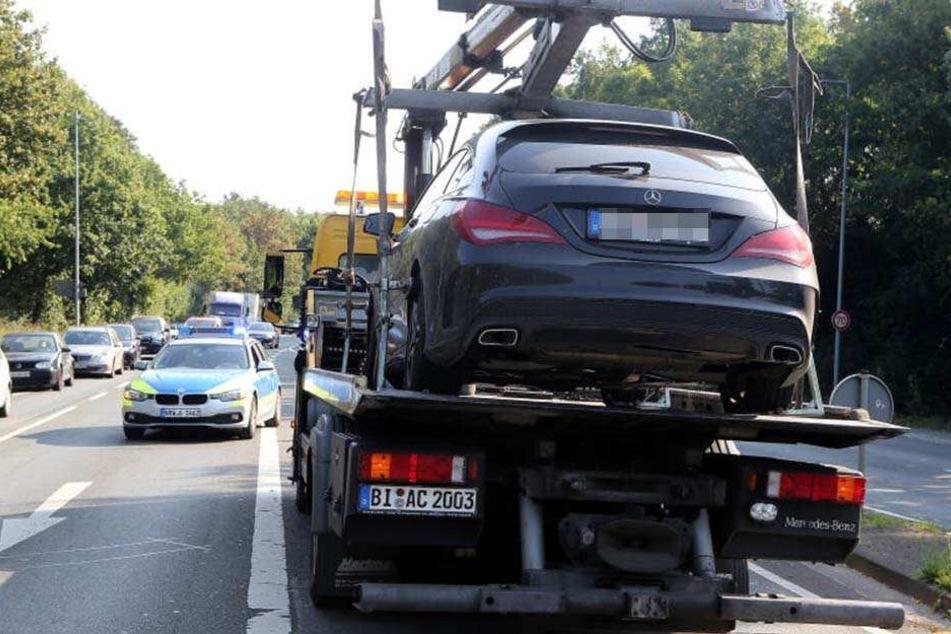 Die Polizei stellte schon kurz nach der Tat den Mercedes CLA des Tatverdächtigen sicher.