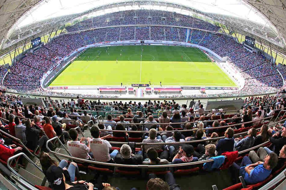 Blick in die Red Bull Arena- bald werden hier etwa 15.000 mehr Zuschauer Platz finden.