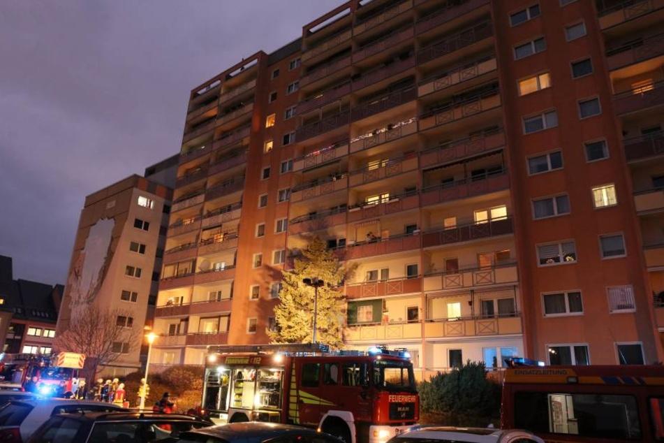 Wohnungsbrand durch frittierte Pommes: Drei Verletzte