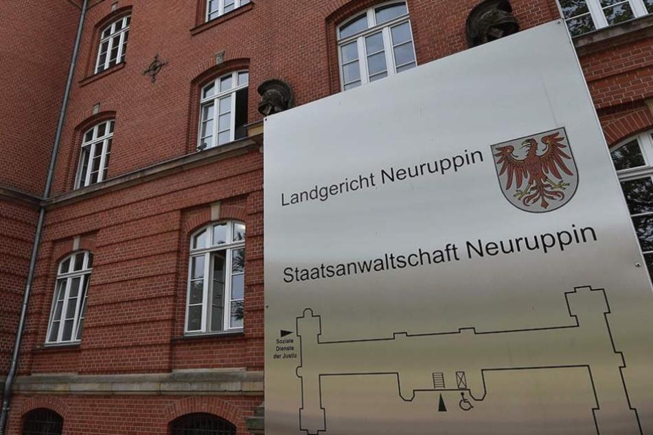 Am Landgericht Neuruppin wurden die drei Männer zu langen Haftstrafen verurteilt.