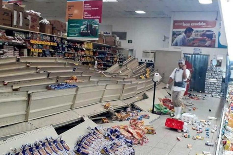 Ein Supermarkt wurde durch das Beben zerstört.