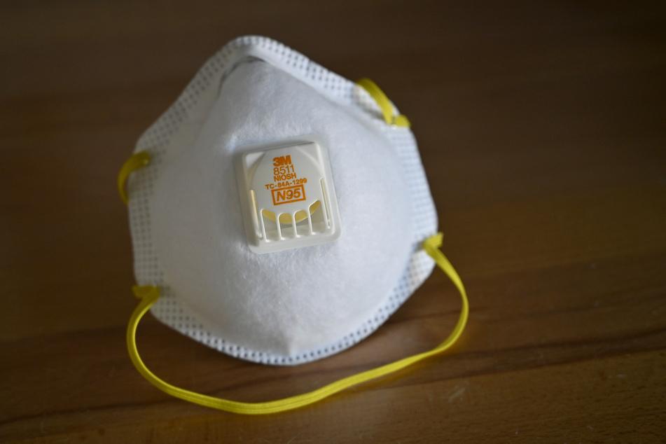 Eine Atemschutzmaske des Typs N95.