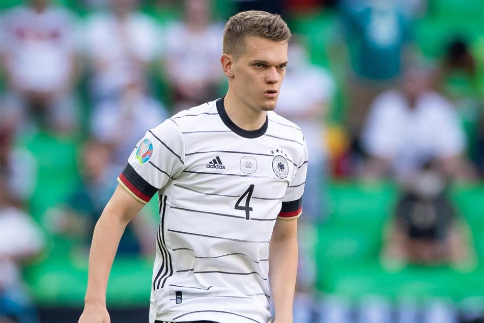 Matthias Ginter in Aktion. Der doppelt geimpfte Innenverteidiger von Borussia Mönchengladbach war vor einem Monat im Spiel bei Bayer Leverkusen vorzeitig ausgewechselt worden. Ein anschließender Coronatest war dann aber positiv.