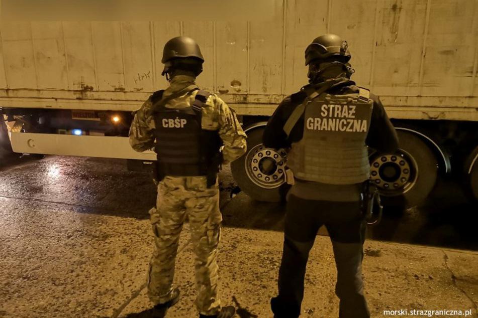 Die polnischen Grenzschützer beschlagnahmten über drei Tonnen reines Kokain.