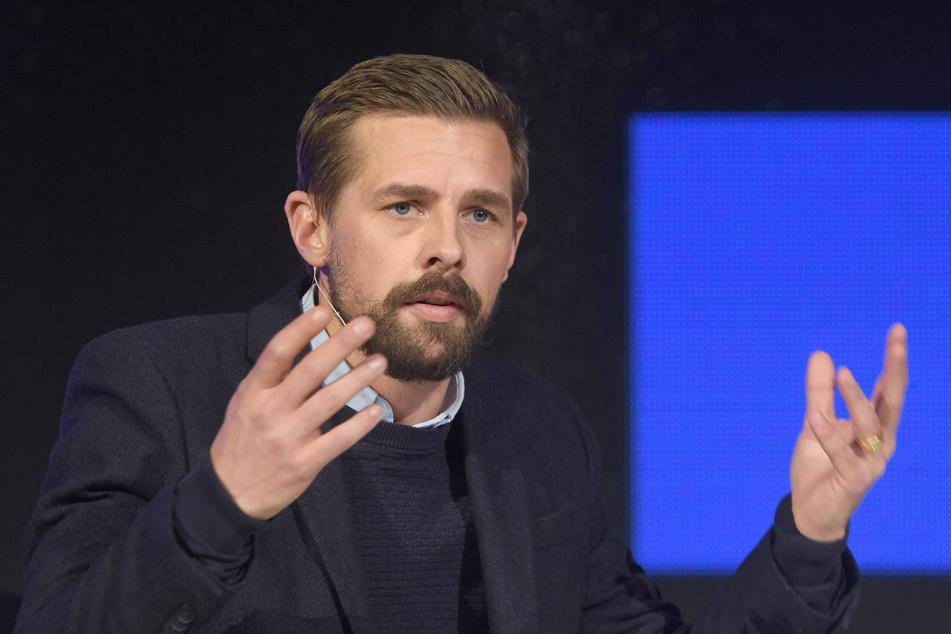 Klaas Heufer-Umlauf (36) bekommt seinen Journalistenpreis wieder aberkannt.