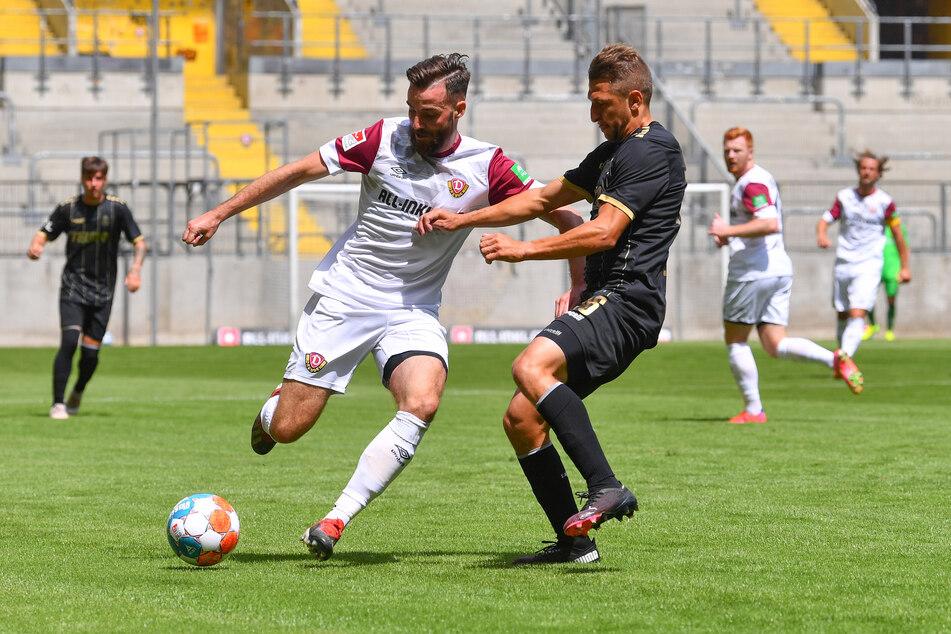 Dynamo-Power: Morris Schröter (l.) gegen Jan Krob (Jablonec).