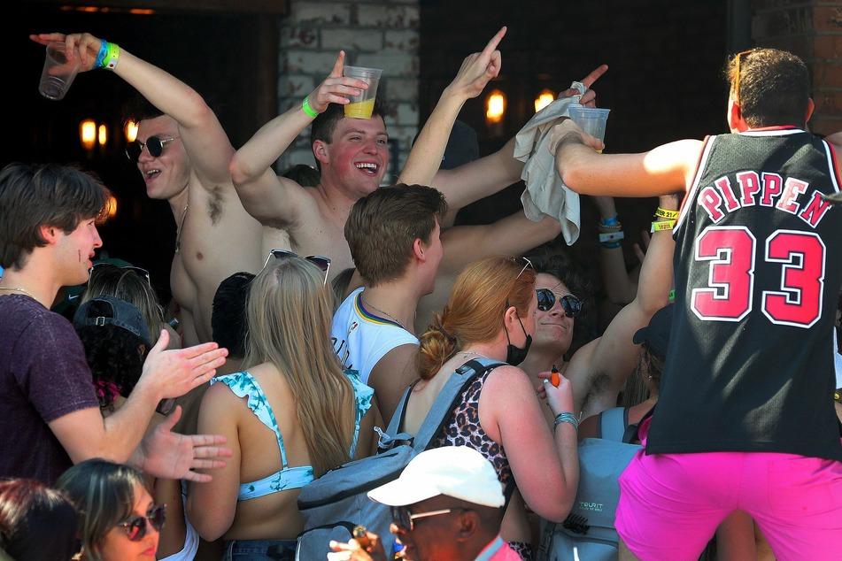 """Etliche Festnahmen während """"Spring Break"""": Party-Studenten sollen im Zaum gehalten werden"""