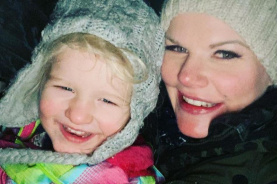 Mutter-Tochter-Foto im Schnee: Melanie Müller erntet Shitstorm
