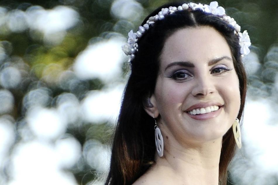 Weg von der Musik? Lana Del Rey startet neue Karriere