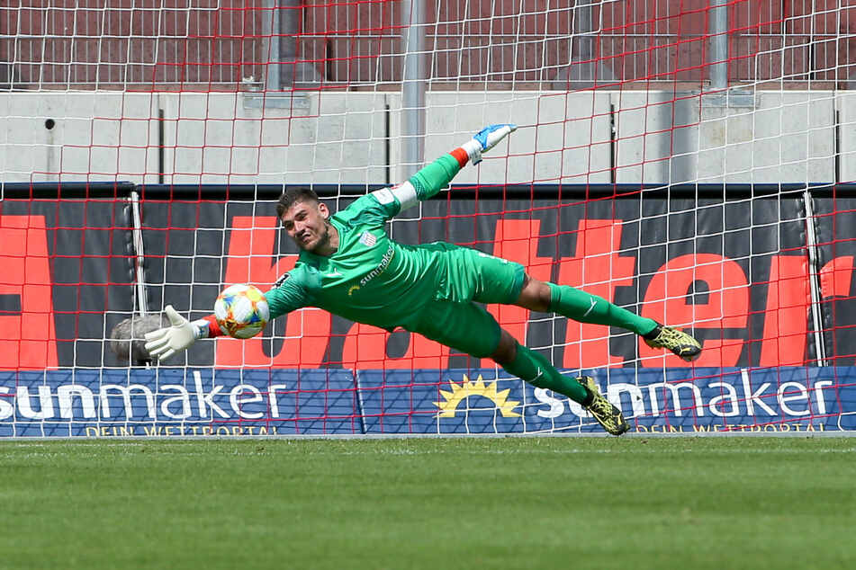 Saisonstart! Zwickaus Torhüter Johannes Brinkies freut sich, dass es endlich wieder um Punkte geht.