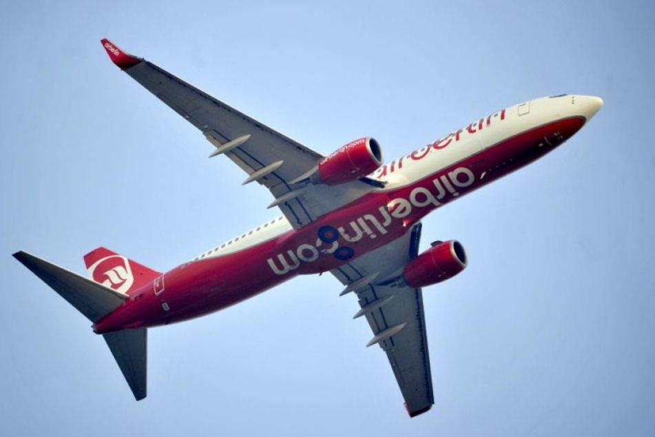Passagier stirbt an Bord eines Flugzeugs