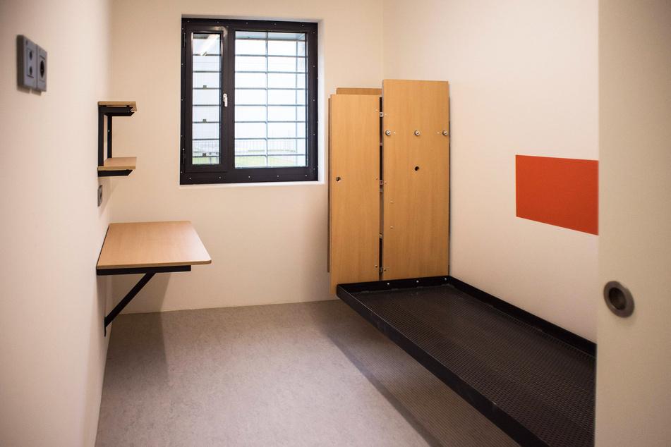 Viele Gefängniszellen blieben leer.