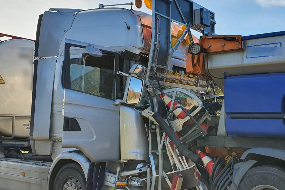 Rettungshubschrauber landet: A6 nach Unfall gesperrt
