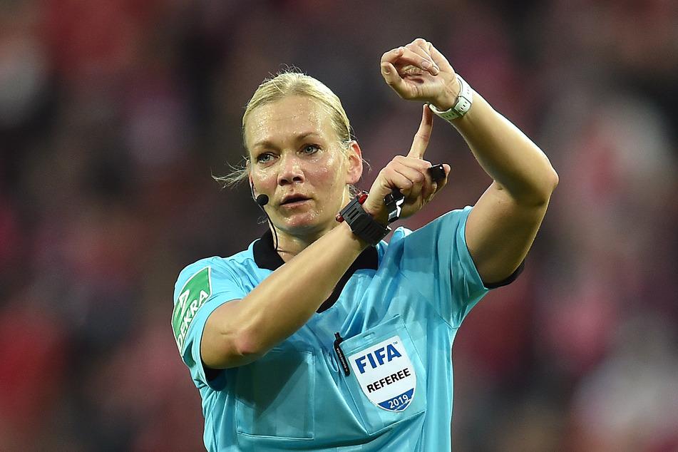 Ihre Zeit ist gekommen. Für das Supercup-Finale und das Ende ihrer Karriere: Bibiana Steinhaus (41).