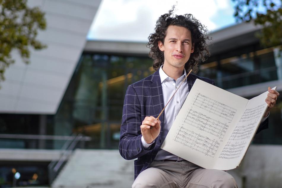 Dresden: Drittes Stipendium in Folge: Junger Dirigent in Dresden auf Rekordkurs!