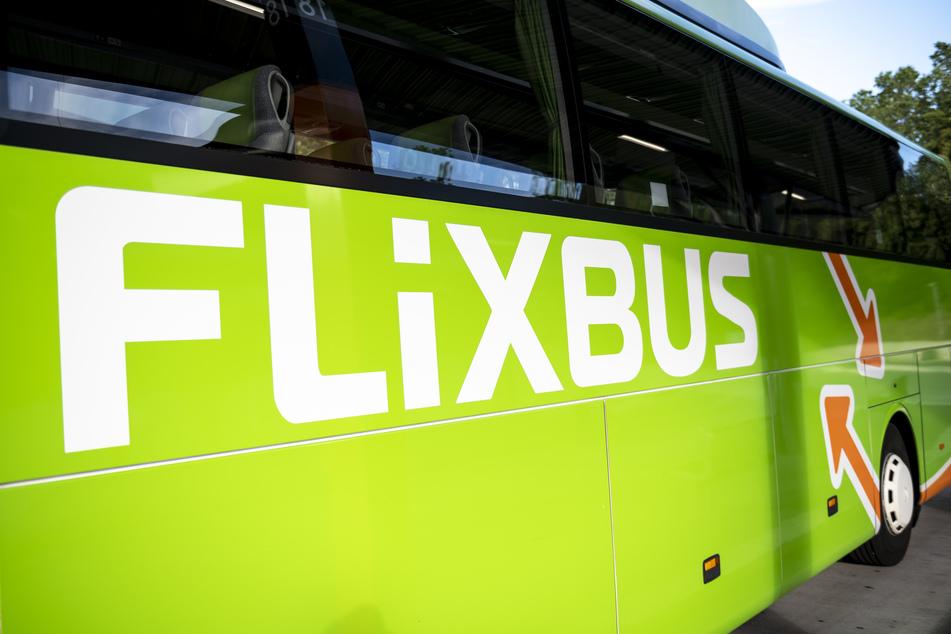 Künftig sollen Fernbusse am neuen Bahnhofstunnel halten. Der Baubeginn für die neuen Bus-Terminals steht aber noch nicht fest (Symbolbild).