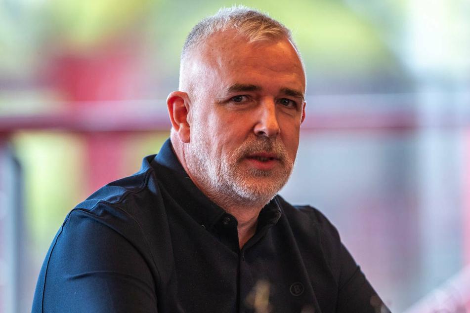 Union-Präsident Dirk Zingler (56) hat in einem Brief an UEFA-Präsident Aleksander Ceferin für die Zulassung von Stehplätzen geworben.