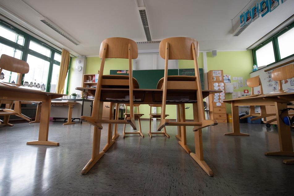 Ein leeres Klassenzimmer. Die Schulen in Deutschland sind seit Mitte Dezember geschlossen.