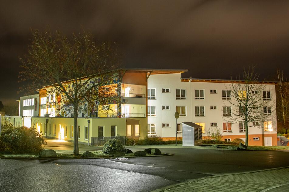 Im EKH-Pflegeheim in Zwönitz sind neun Bewohner im Zusammenhang mit einer Corona-Infektion gestorben.
