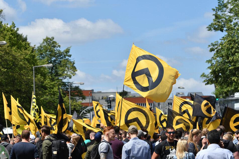 """Die NRW-Regierungsfraktionen setzen sich für das Verbot der """"Identitären Bewegung"""" ein. (Archivfoto)"""