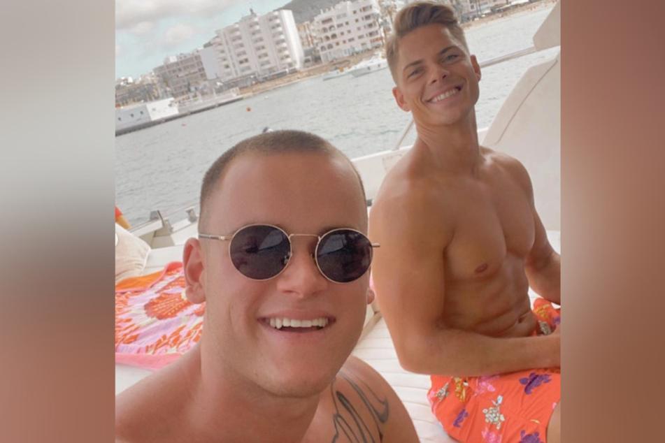 Paul Elvers und Cedric Beidinger genießen ihr Leben auf Ibiza.