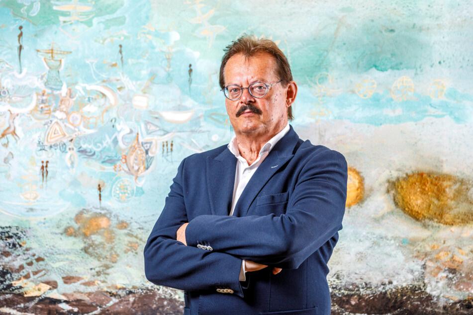 """Medizinischer Vorstand des Uniklinikums Dresden und """"Erfinder"""" des Bettenindikators: Prof. Dr. Detlev Michael Albrecht (71). Im Mai erhielt er die sächsische Verfassungsmedaille."""