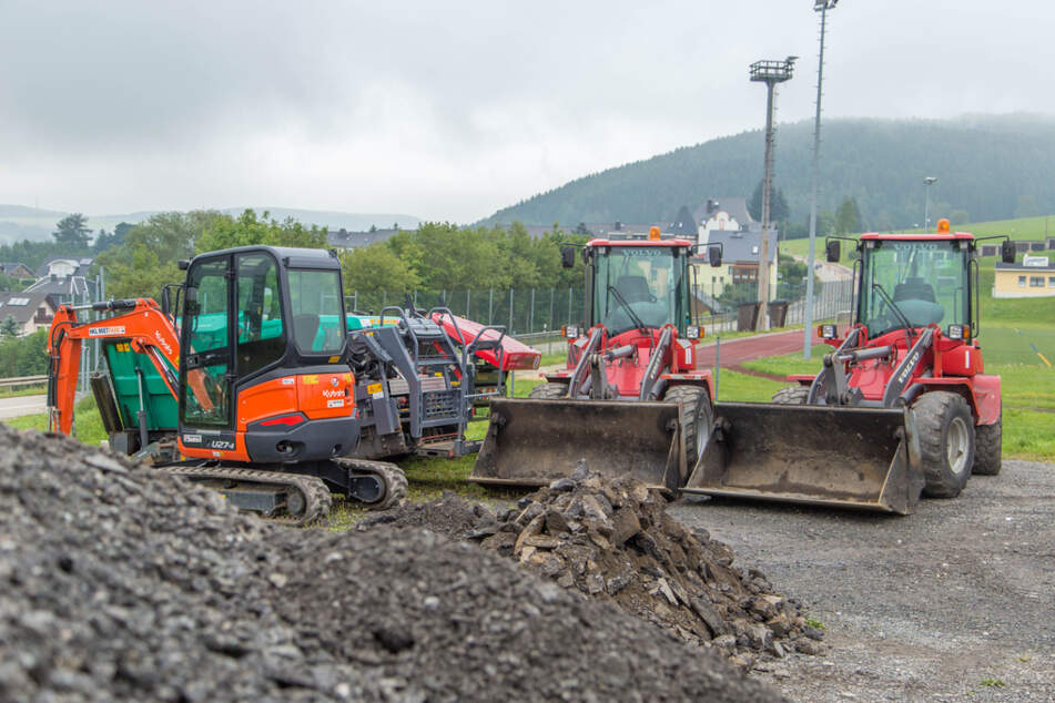 Vollsperrungen und kilometerlange Umleitungen: Neue Baustellen auf Bundesstraßen im Erzgebirge
