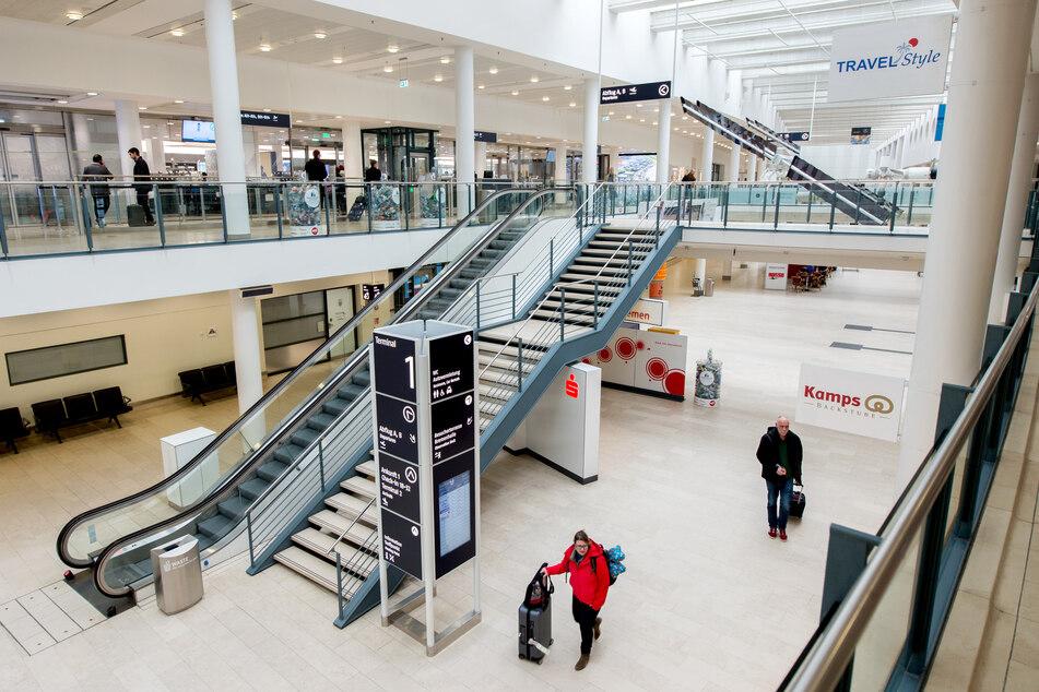 Am Bremer Flughafen wurden in den vergangenen Wochen 10.000 Corona-Tests durchgeführt, nun schließt die dortige Teststation wieder.