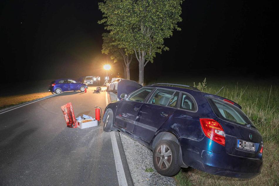 Neben den Verletzten sind bei dem Unfall laut der Polizei insgesamt 25.000 Euro an Sachschaden entstanden.