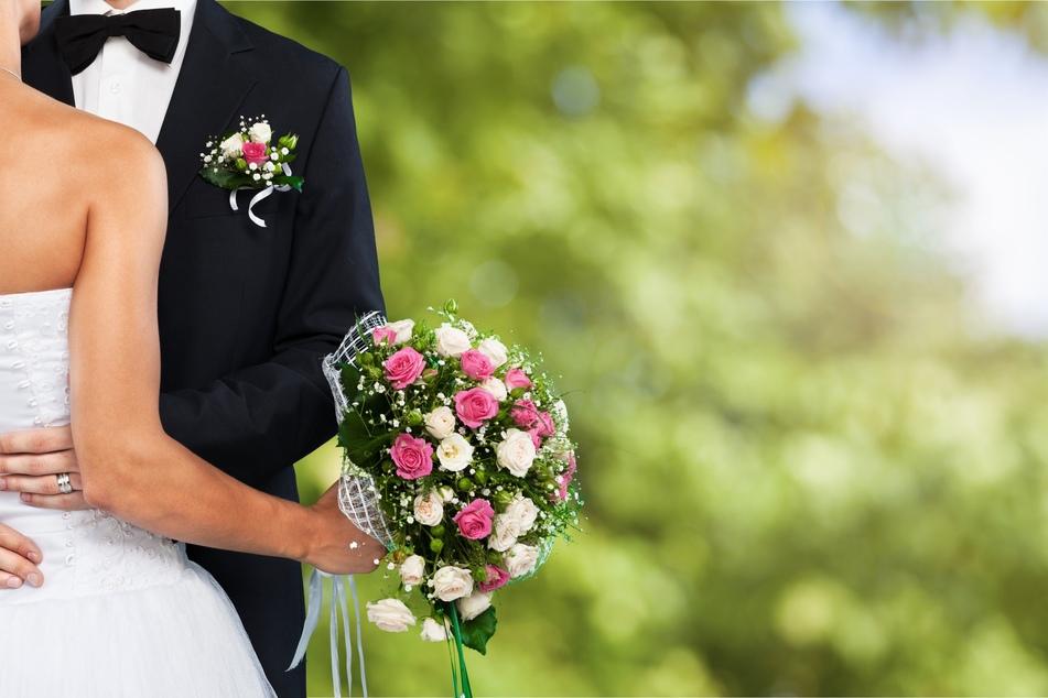 Für private Feiern wie Hochzeiten gelten in NRW neue Regeln (Symbolbild).