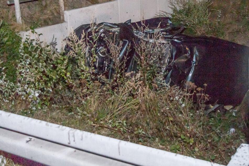 Unfall-Drama au A5: Familie kracht gegen Brücke, Baby stirbt