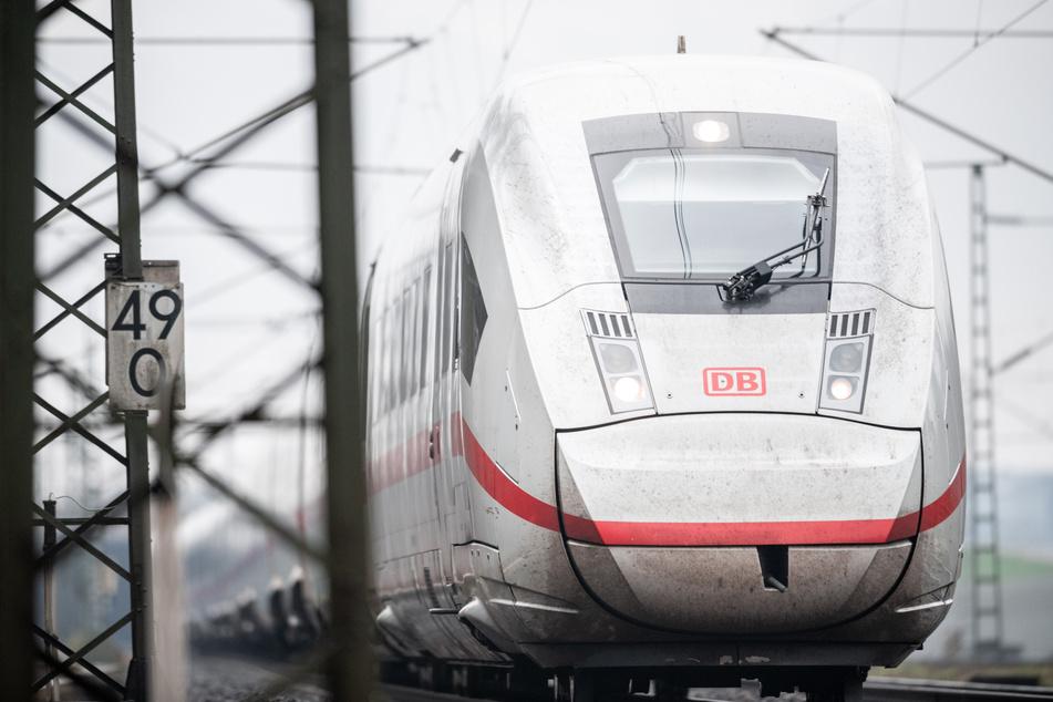 Die Tat ereignete sich im ICE von Frankfurt nach Köln.