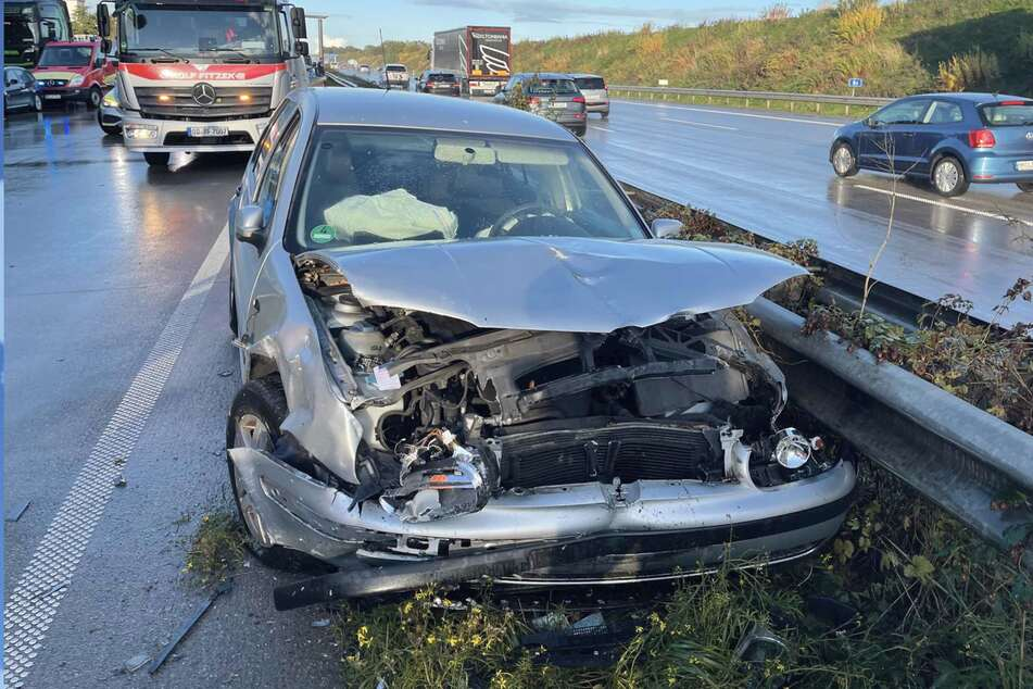 Unfall A1: 12 Verletzte! A1 nach Massencrash in Richtung Hamburg voll gesperrt