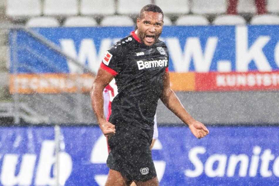 Jonathan Tah (24) bejubelt sein Tor zum 4:2 beim SC Freiburg.