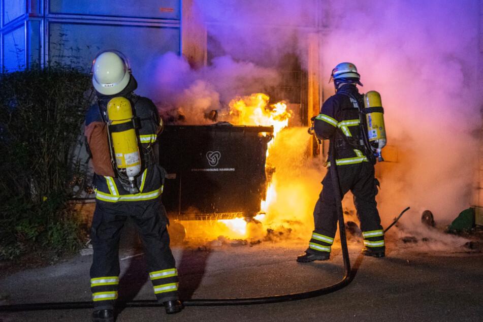 Hamburg: 9 Brände in 90 Minuten: Feuerteufel hält Hamburg in Atem