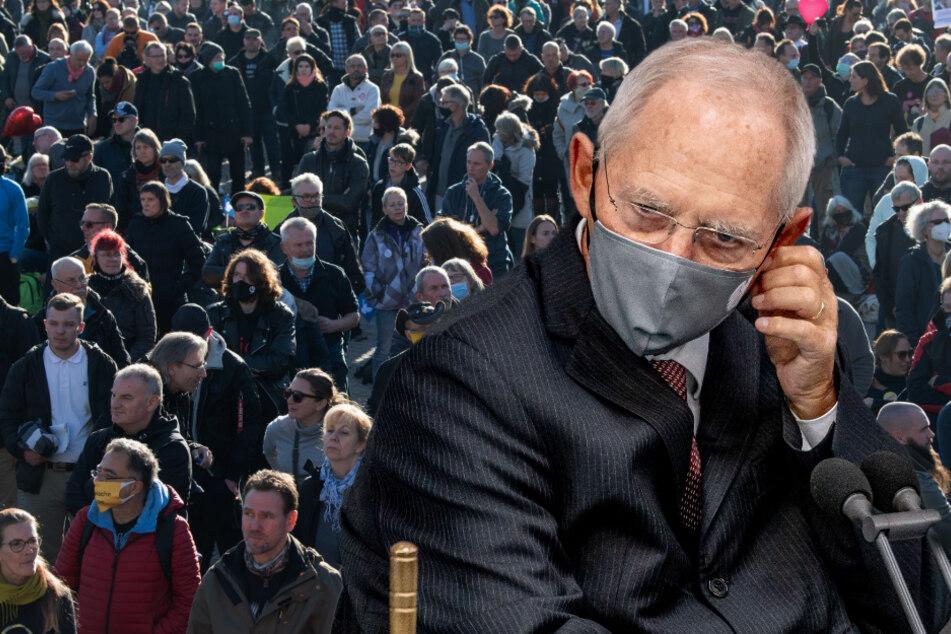 """Schäuble über """"Querdenker""""-Demo in Leipzig: """"Spinner gab es schon immer"""""""