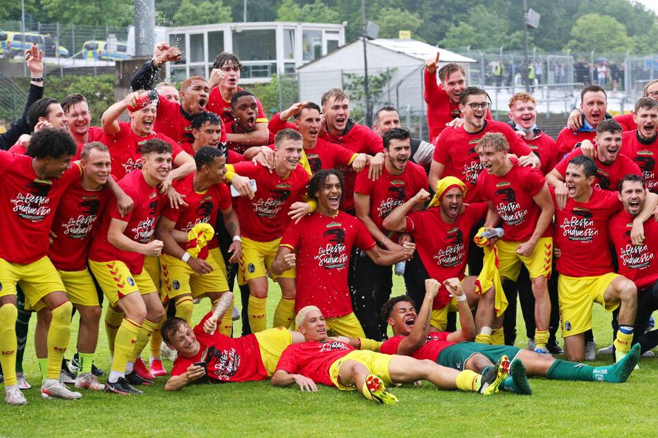 Ex-Dynamos Dürholtz und Tekerci verpassen Drittliga-Aufstieg! Freiburg II und BVB II jubeln!