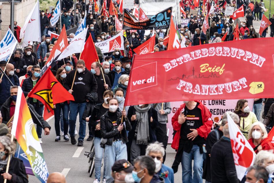 Mai-Kundgebungen in Hessen: Mehr als 3000 Teilnehmer in Frankfurt