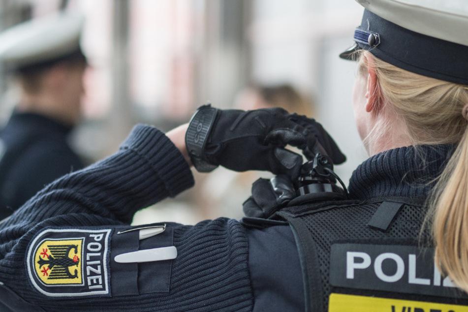 Ein 27-jähriger Raucher hat am Mittwochabend im Tiefgeschoß des Hauptbahnhofes einen Einsatz der Bundespolizei ausgelöst. (Symbolbild)